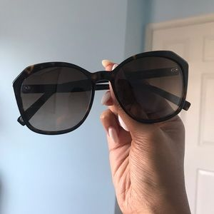 Warby Parker Sunglasses - barely worn